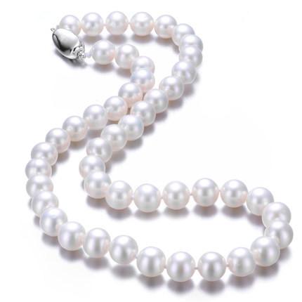 女生珍珠项链