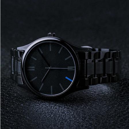 黑钢极简石英手表
