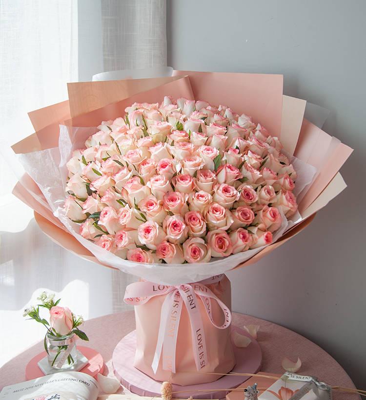 给女友送鲜花试试新产品鲜花,遇见幸福与惊