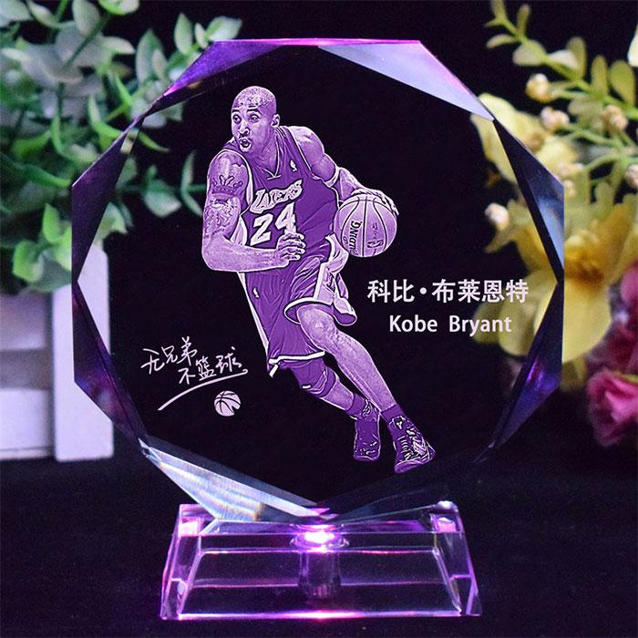 NBA球星纪念水晶摆件