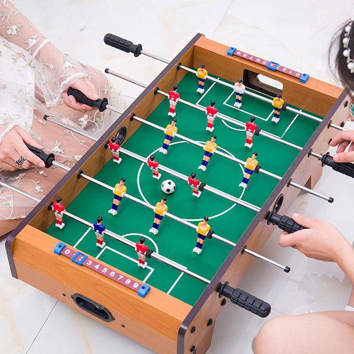 儿童迷你桌上足球益智玩