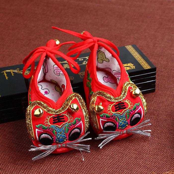 宝宝虎头鞋铃铛鞋婴儿绣